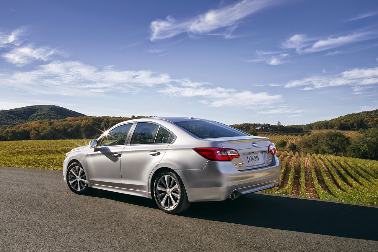 2015 subaru legacy photos