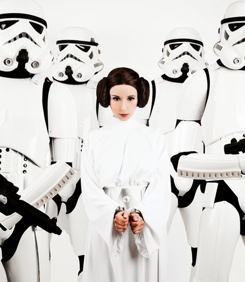 Virchan's Princess Leia Cosplay