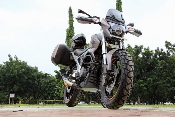 Modifikasi Sport New Honda MegaPro FI dan Harga 2014