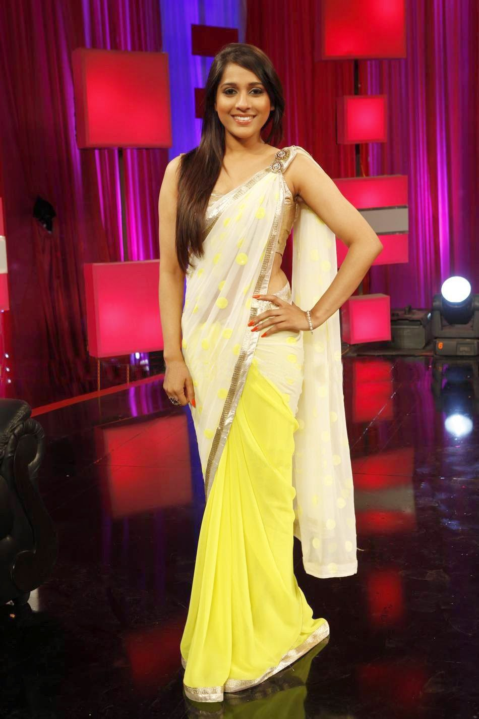 Hot Exclusive Yellow Saree  Zee Tv Serial Actress In Saree