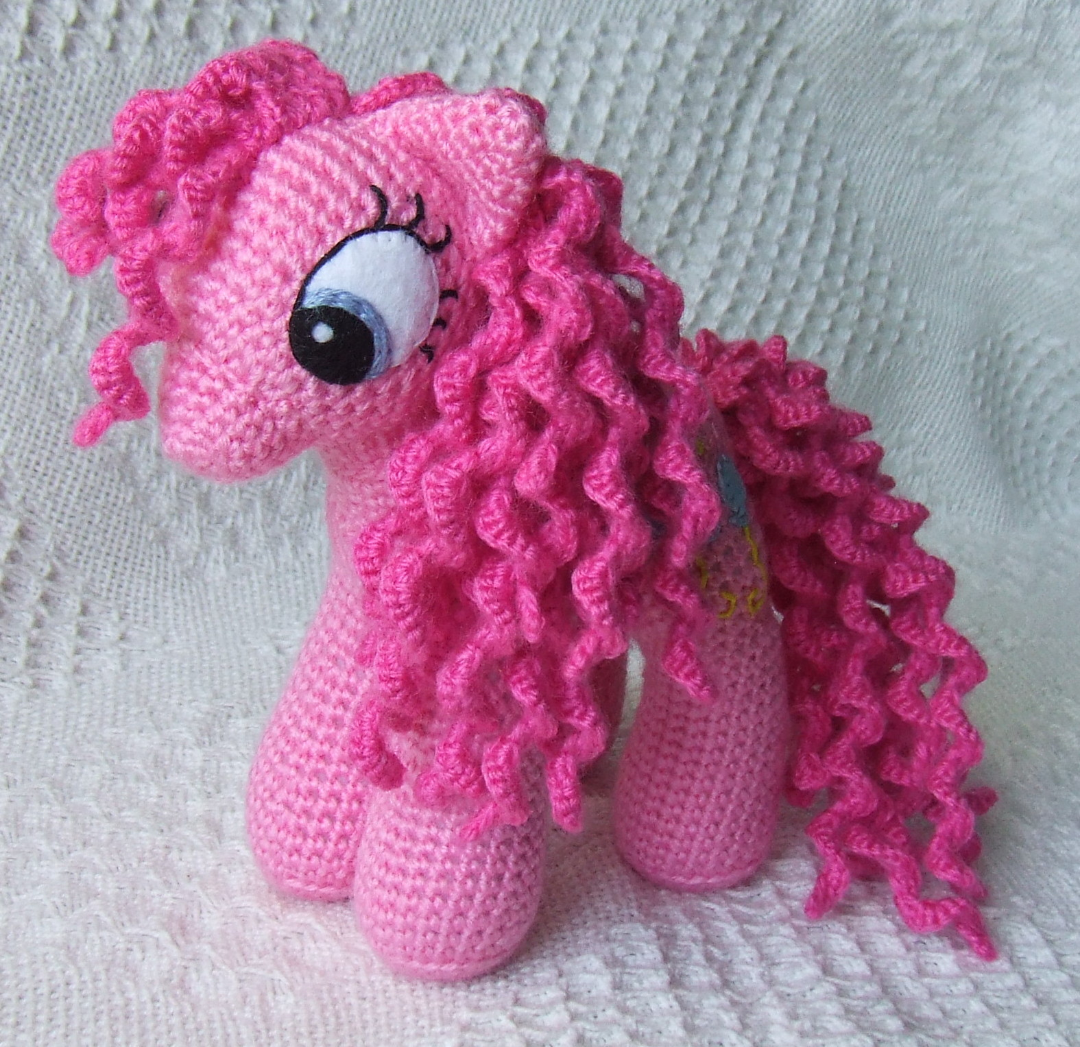 Amigurumi Pony : Knit One Awe Some: My Little Pony: Friendship is Magic