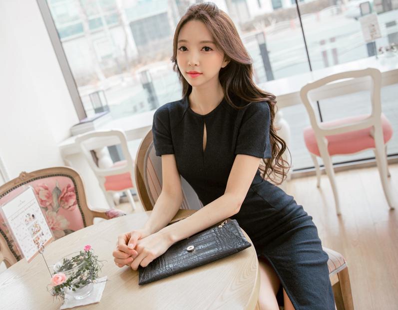 Park Soo Yeon Elegant in Black