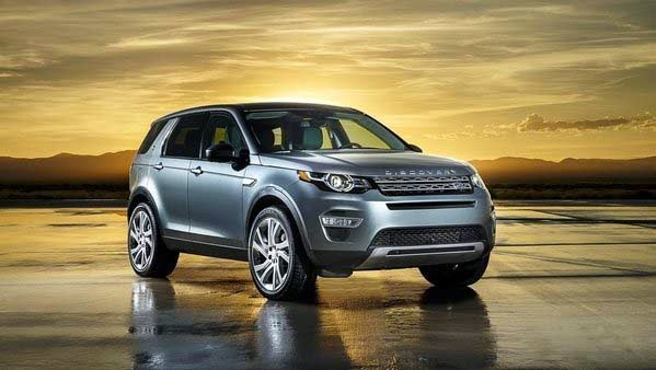 Land Rover Details its Future Lineup Review