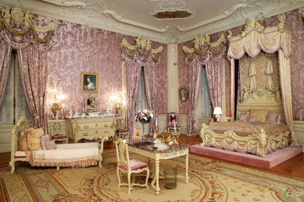 Rococo Living Room Furnishing