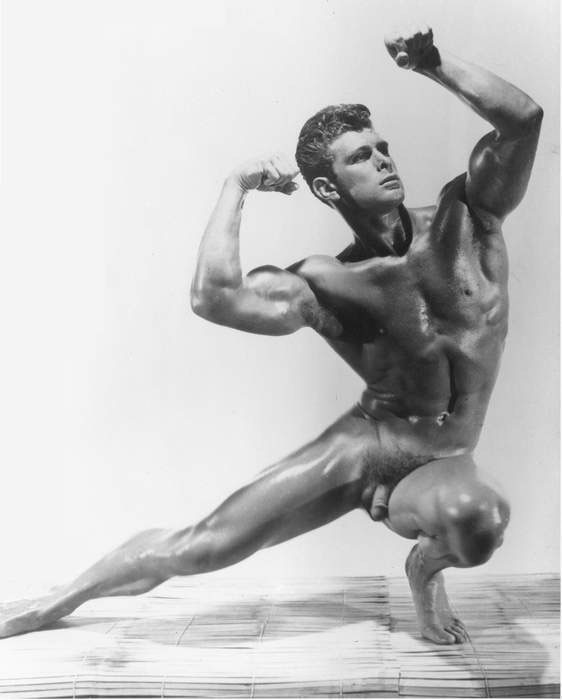 Vintage Nude Men Working Out Photos 33