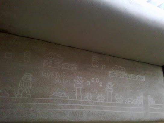 Kadife Kumaşlı Koltuğa Resim Çizme Sanatı: Sedemizm
