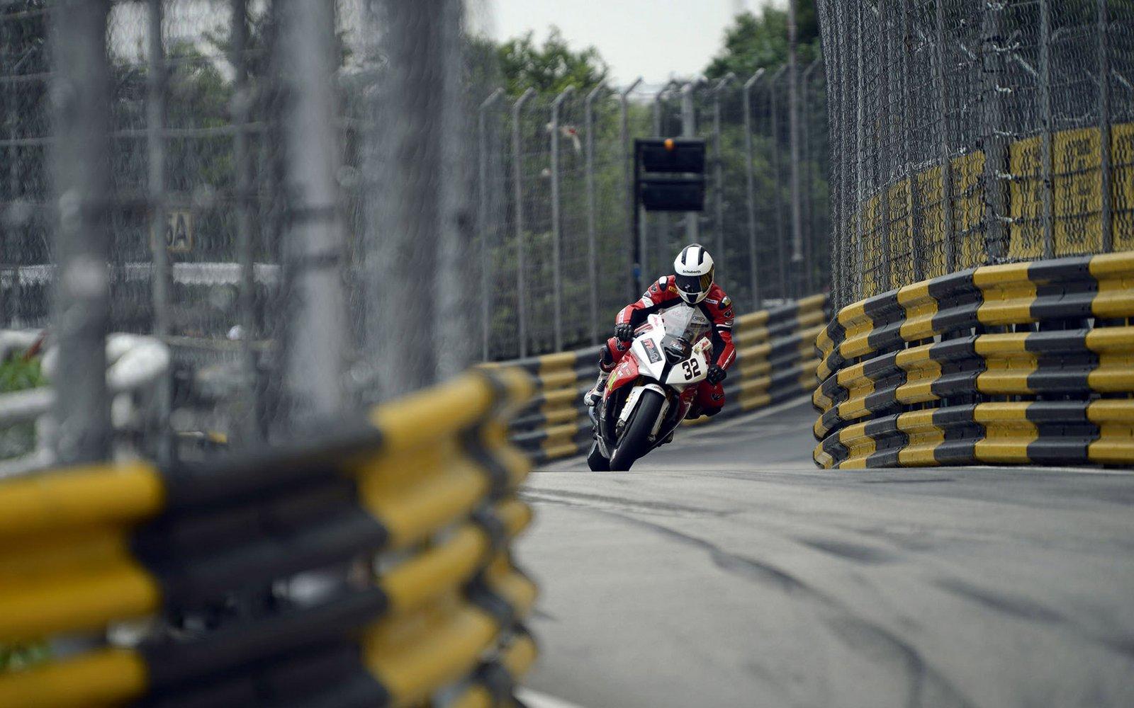 Road Races & TT - Page 38 1353162130