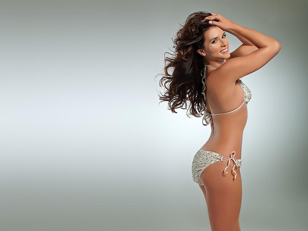hot naked brunette blowjob gif