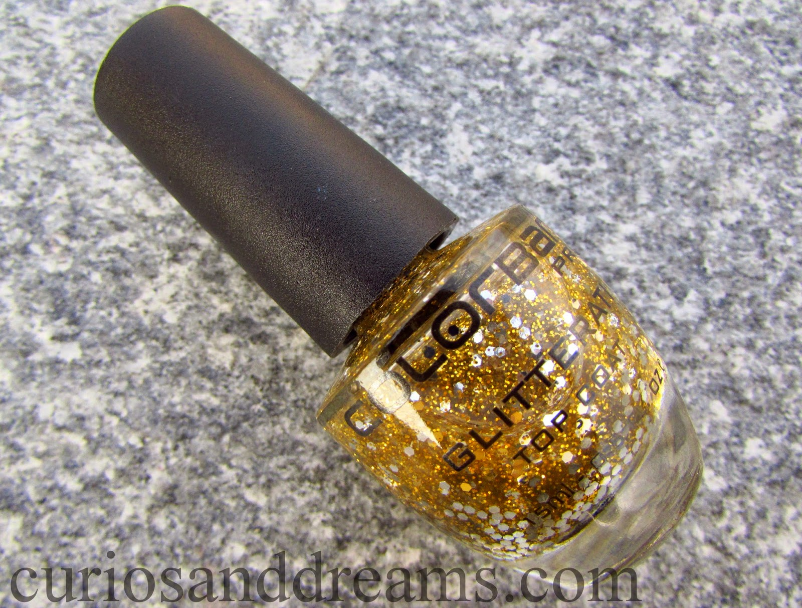 colorbar disco gold, Colorbar Glitterati Top Coat Disco Gold, Colorbar Glitterati Top Coat Disco Gold review, Colorbar Glitterati Top Coat Disco Gold swatch