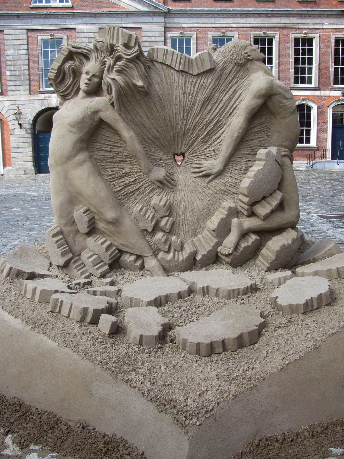 Sand Sculptures Dublin Castle 2014