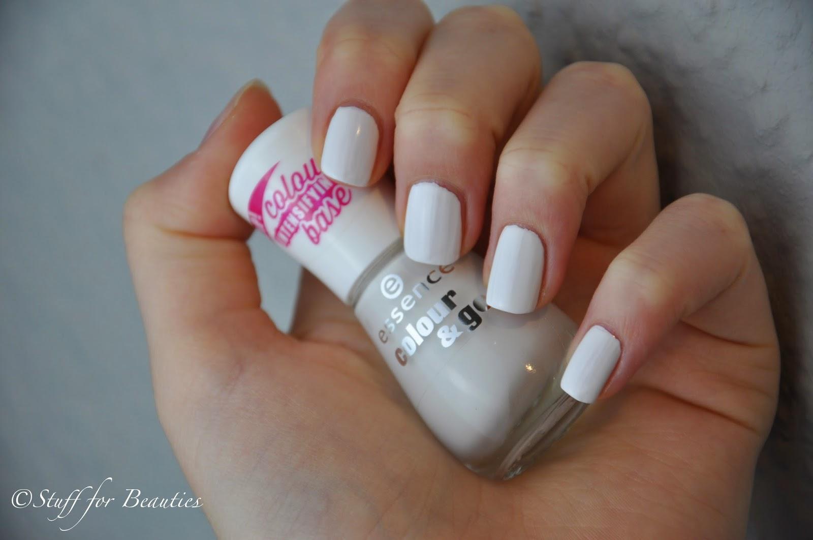 Essence color go nagellack 199 wild white ways - Weisse wandfarbe deckend ...