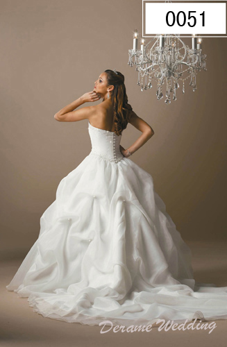 Wedding dress design modern petite wedding dresses for Petite wedding dress designers