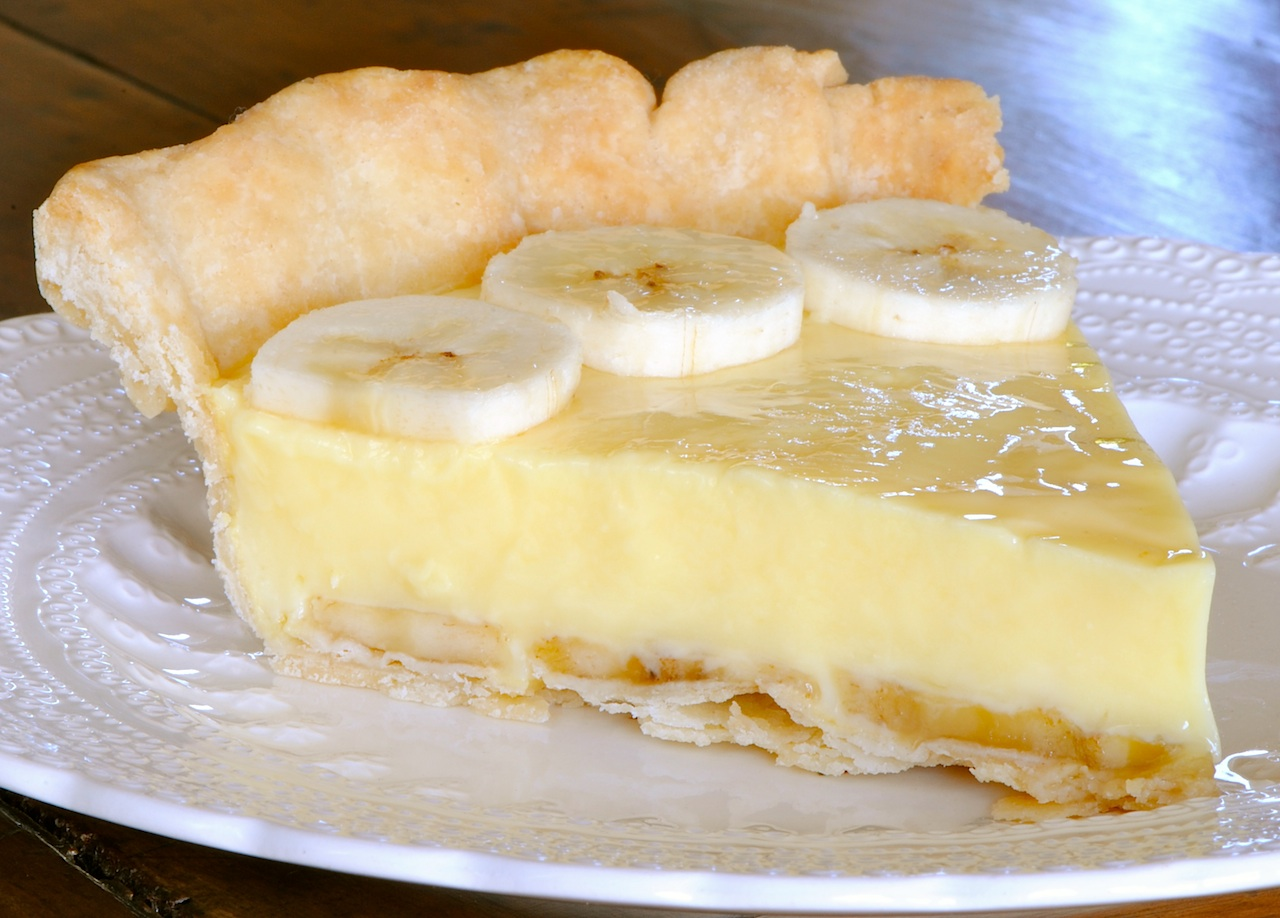 JULES FOOD...: Mom's Banana Cream Pie