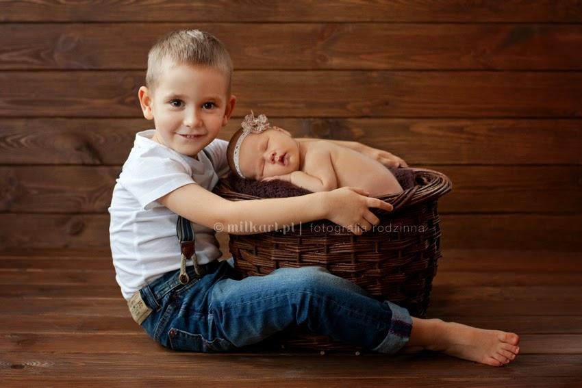 Fotografia rodzinna, zdjęcia rodzin, artystyczne sesje dzieci, fotografie niemowlaczków, sesja noworodkowa