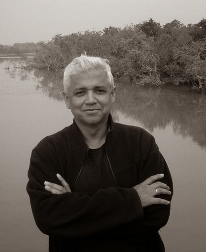 amitav ghosh the circle of reason Amitav ghosh's success as historical novelist owes much to the distinctiveness of his  social and cultural borders reason becomes passion going away is also.