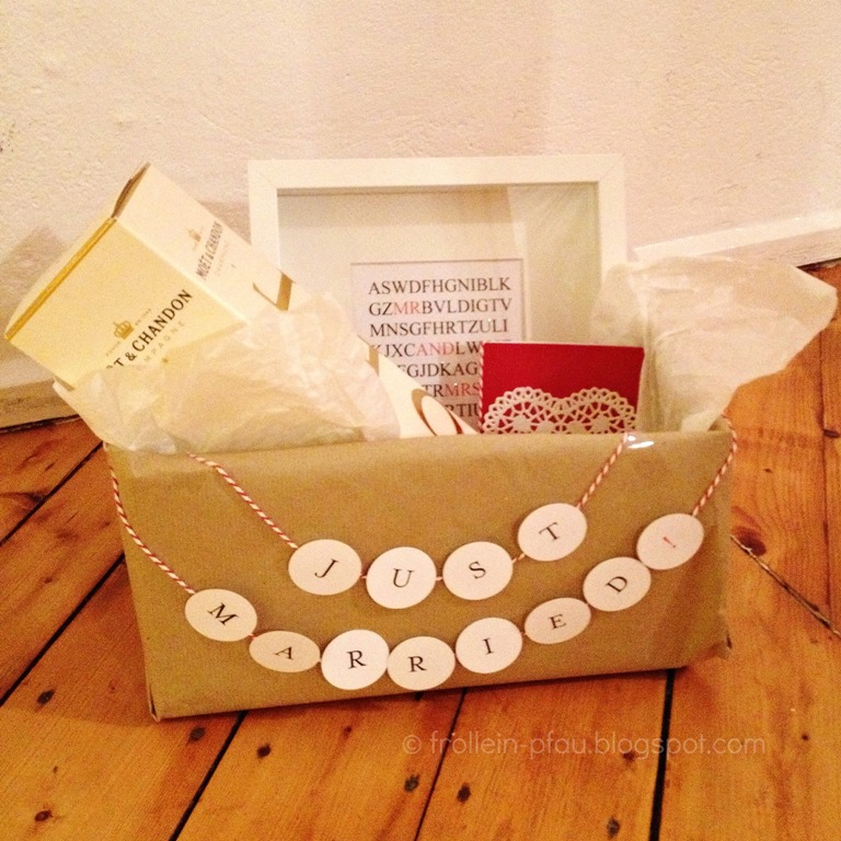 Hochzeitsbox to go, Creadienstag, Hochzeitsgeschenk, DIY, just married, Hochzeitspräsent, selbstgemacht
