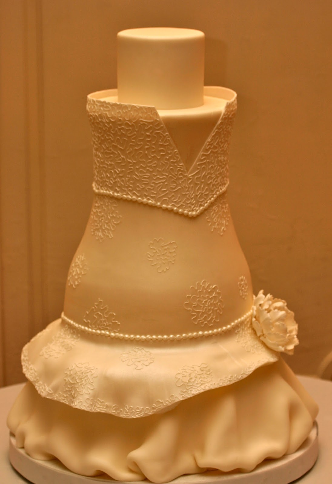 confectionery designs wedding dress inspired cakes