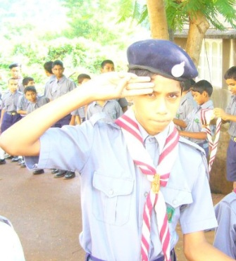 photos of bharat scouts and guides salute boy india