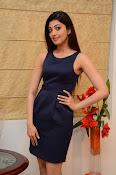 Pranitha Subhash Dynamite-thumbnail-7