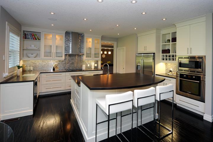 GCW Kitchens 2011 Golden Hammer Awards Most Outstanding Kitchen