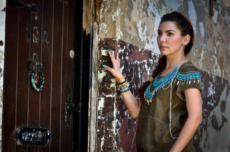 Simona Mar: I wear the turquoise of the sea, I need the ...