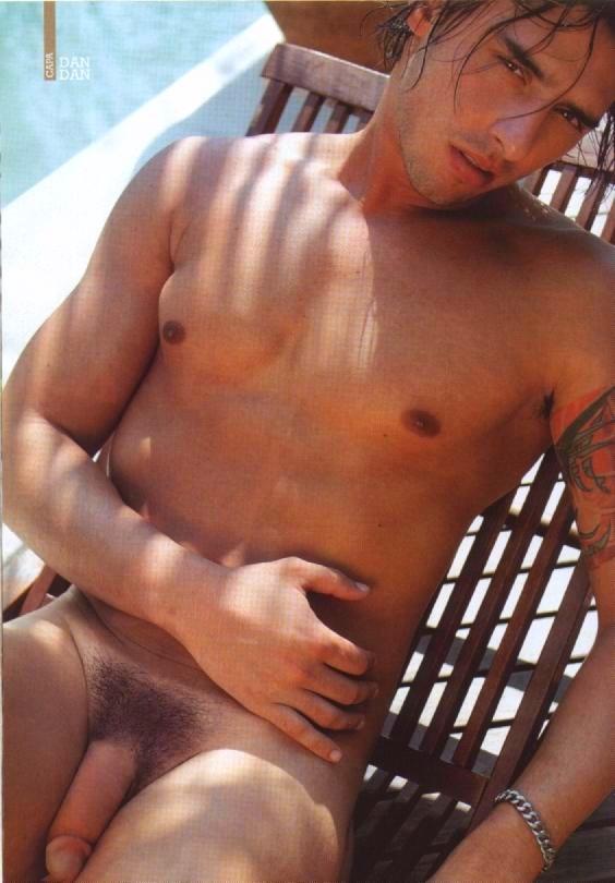 Gozoblog For The Love Of Men Famosos Pelados Cantor Latino