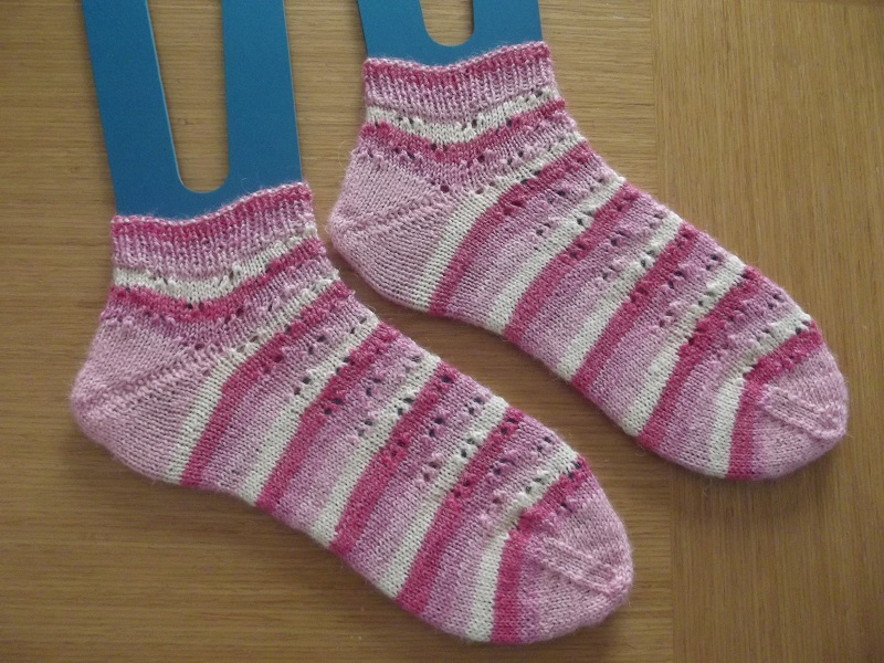 Petunia Dursley's Double Eyelet Shortie Socks