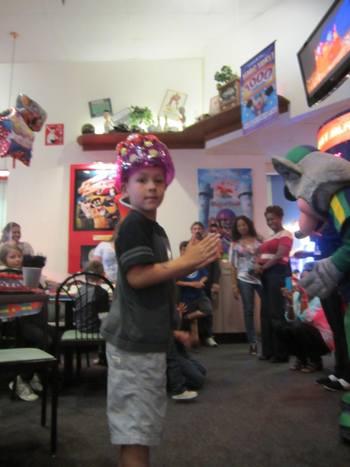 Sirifam Chuck E Cheese Birthday Party