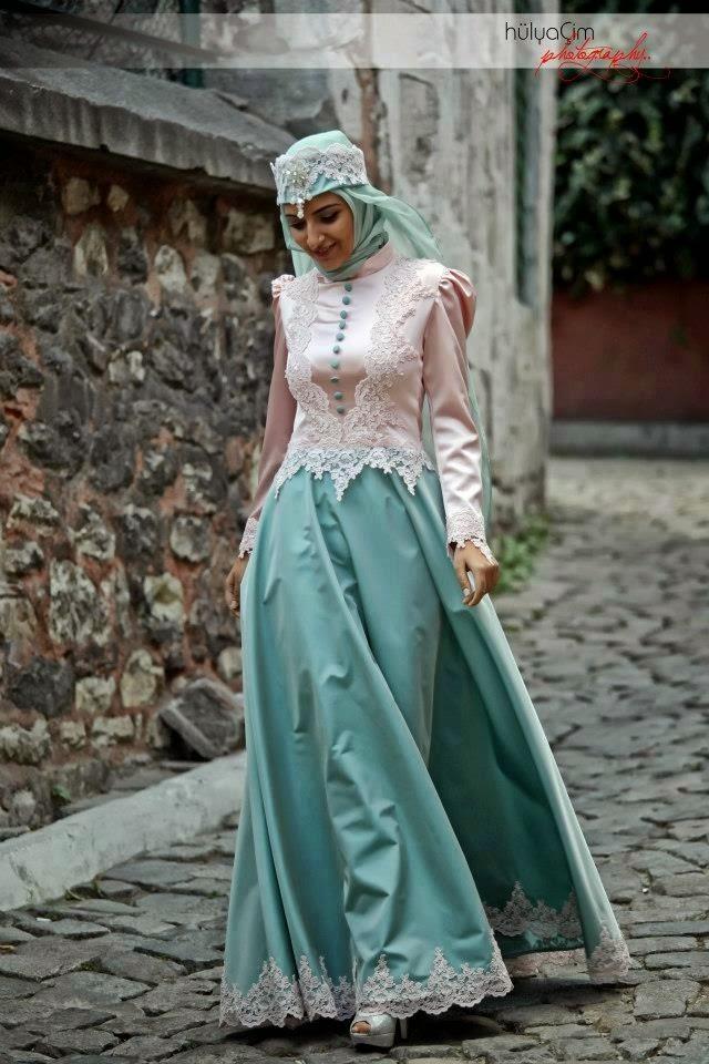 25 contoh model baju pengantin muslim warna biru