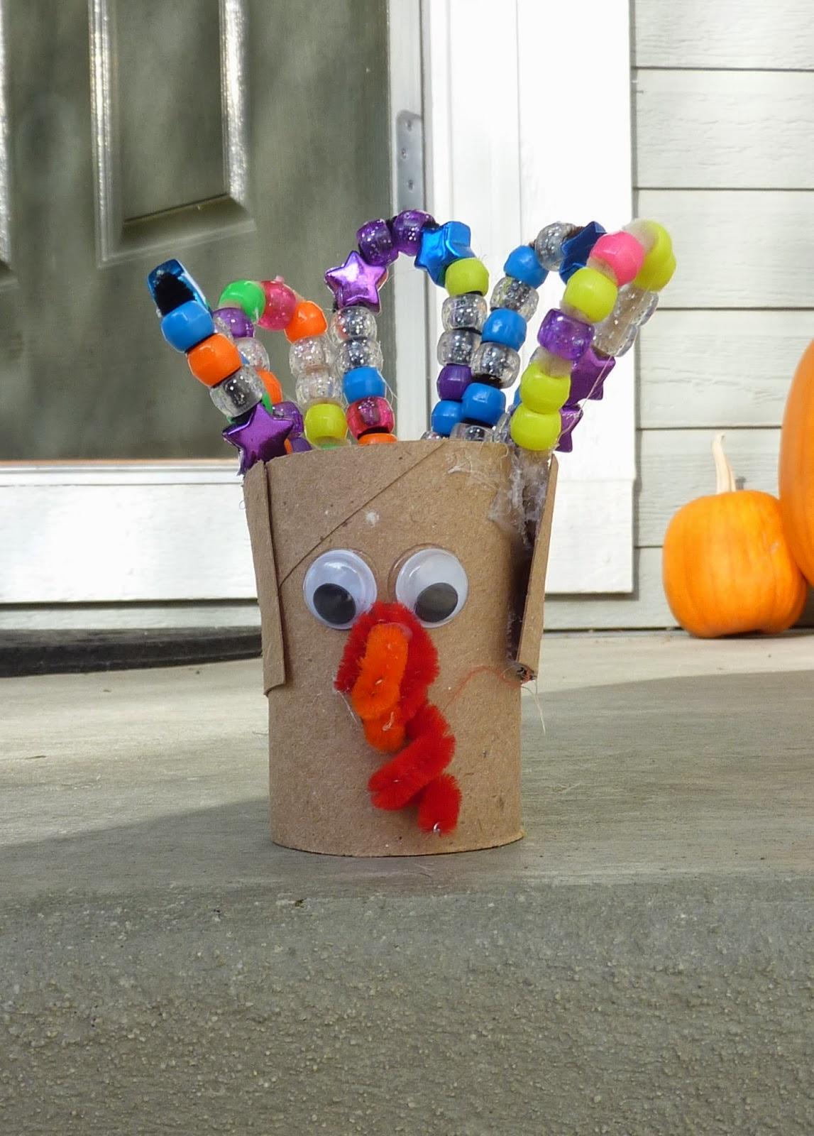 http://aztoid.blogspot.com/2013/12/tot-school-thanksgiving-and-turkeys.html
