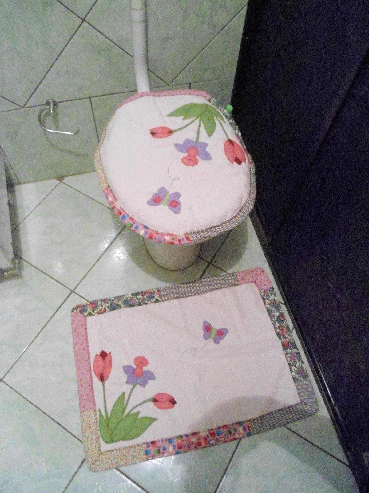 Patchwork Tapete De Banheiro : Cantinho do Patchwork Marlana: tapetes e jgs de banheiro