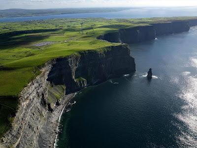 Os penhascos de Moher – Irlanda