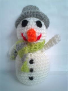 Muñeco de nieve de crochet