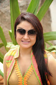 Sonia Agarwal latest glam pics-thumbnail-26