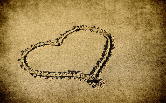 sand heart Tumblr Background by ibjennyjenny.jpg