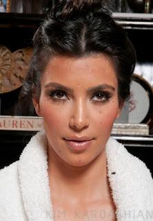 Kim Kardashian Eyelids