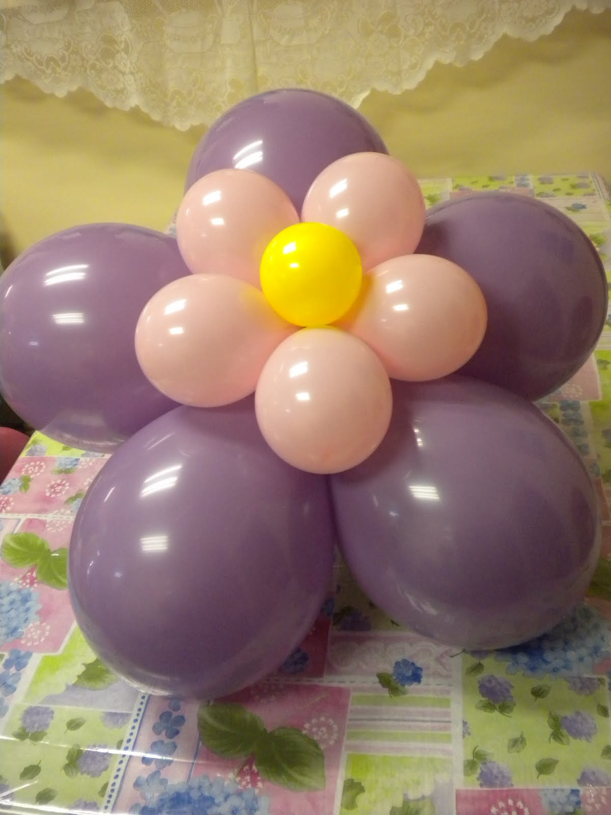 Pin globos con helio decoraciones infantiles centros mesa - Decoraciones de salones ...