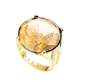 anel com pedra e zircônias semi-joia