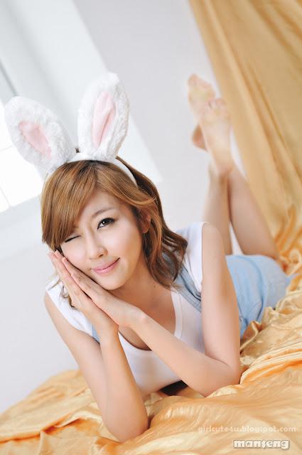 Choi-Byul-I-Denim-Overall-Skirt-13-very cute asian girl-girlcute4u.blogspot.com