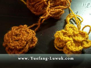 Learn_To_Make_Slinky_Flower_Crochet_with_wool_yarn