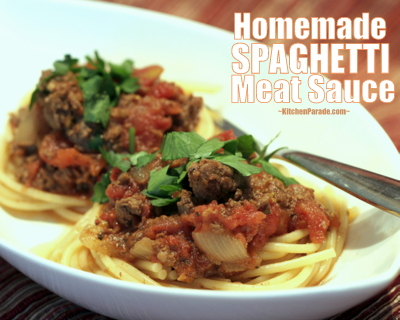 Homemade Spaghetti Meat Sauce for the Slow Cooker, another Quick Supper ♥ KitchenParade.com, low-fat, low-cal homemade meat sauce for spaghetti. Low Carb. High Protein.