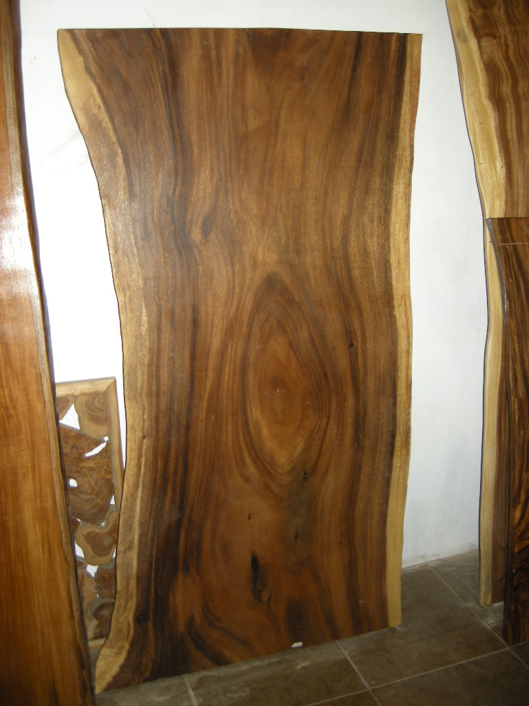 wood slab dining tables indogemstone. Black Bedroom Furniture Sets. Home Design Ideas