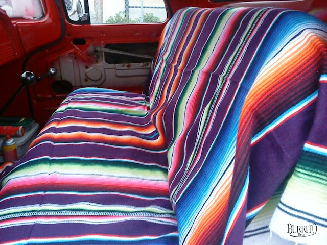 Well covered seat with Mexican blankets, Mexico Decke