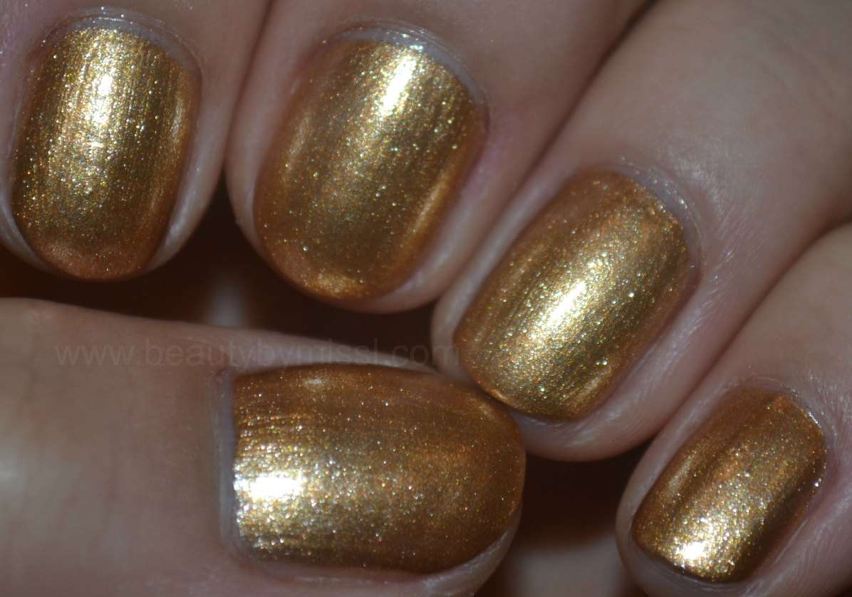 swatches, manicure, nails, notd