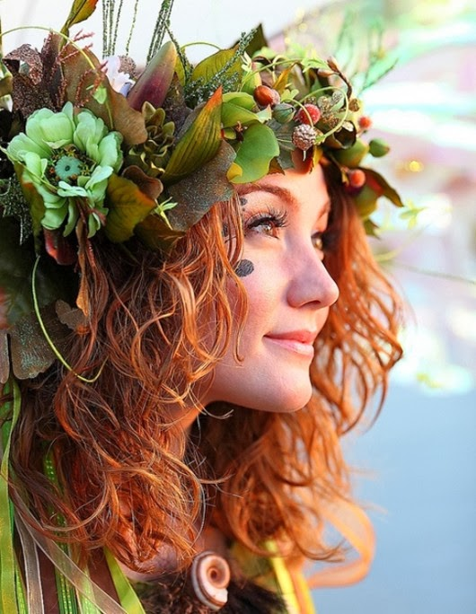 halloween ideas Costume woman inspired  hair