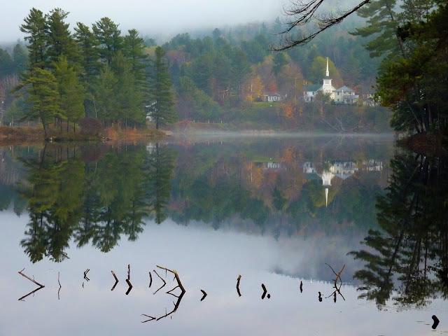 Recorriendo la 28 por el Adirondack Park, cerca de Long Lake