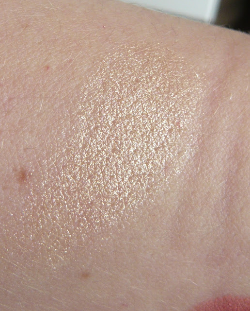 Estee Lauder Bronze Goddess Heatwave swatch