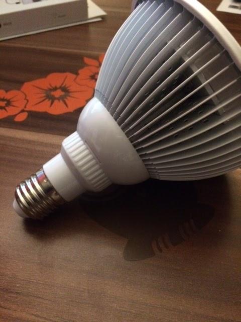 lahr2006 testet victsing neueste led grow licht 36w pflanze wachsen lichter e27 leuchtmittel. Black Bedroom Furniture Sets. Home Design Ideas