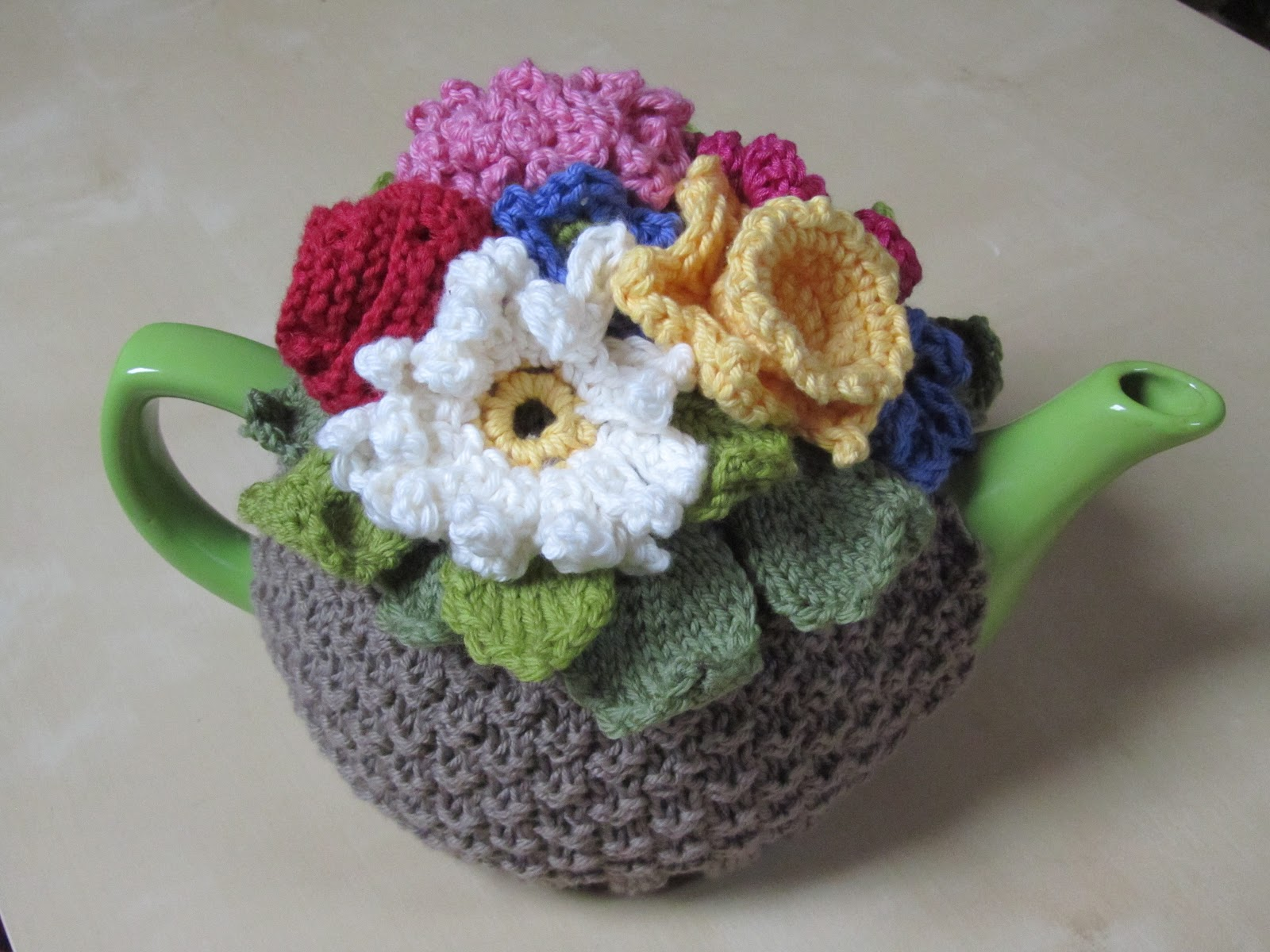 Free Crochet Daffodil Flower Pattern : fairislerona: How to crochet a daffodil