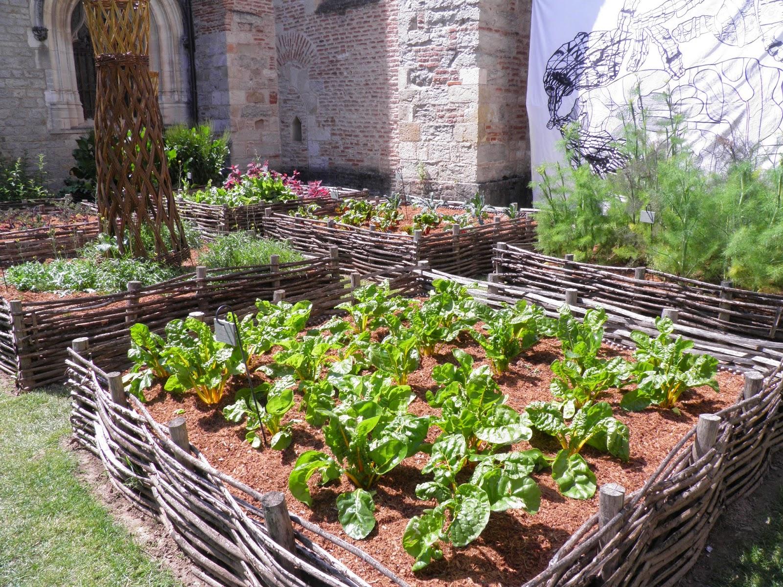 Mon jardin quercynois cahors et le festival des jardins for Jardin 54 rue de fecamp
